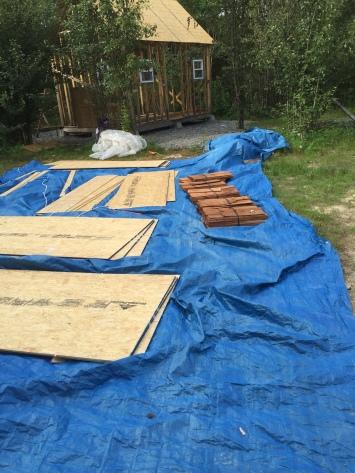 Tiny cabin building materials